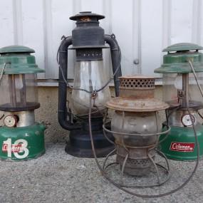 Lanternes, fanals Coleman et autres