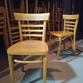 Lot of little vintages chairs