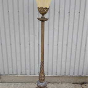 Magnifique lampe torchère, pied en laiton