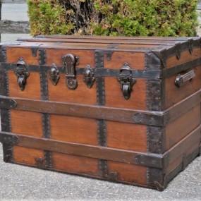 Malle de voyage, valise, coffre restauré