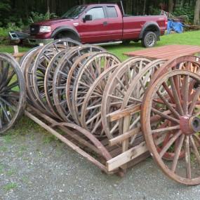 Nouvel arrivage de roues de voiture à chevaux