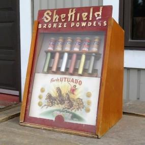 Petit présentoir vitré, Sheffield