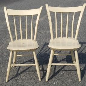 Petites chaises de style Windsor