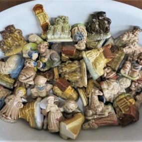Petites figurines à thé