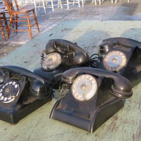 Téléphones en bakelite