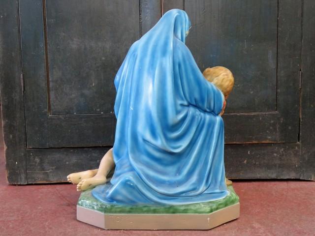 Statue religieuse signée Carli, La pietà 5