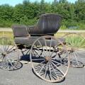 Ancienne voiture à chevaux, calèche, buggy - 4