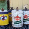 Anciens bidons d'huile, Irving et Supertest - 1