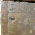 Armoire en pin, clous carrés - 2