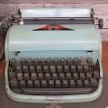Dactylo, machine à écrire - 3