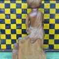 Sculpture en bois signée Lynn, art populaire - 2