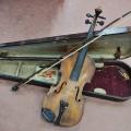 Violon, instrument de musique (brisé) - 1